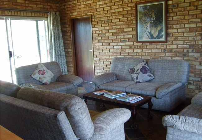 Aloes living area
