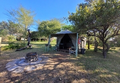 Buffalo Thorn / Wag-\'n-Bietjie Tented Camp