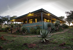 Three Tree Hill Lodge