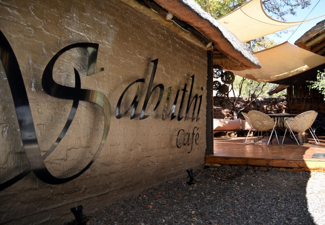 African Bush Chalet with view & Jacuzzi
