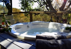 Thulani Game Lodge & Eco Estate