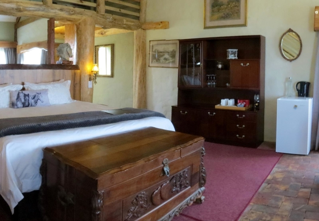 Luxury Stable Suite 1 with Sea View