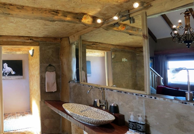 Luxury Stable Suite 3 with Sea View