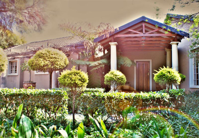 Topiary Guest House