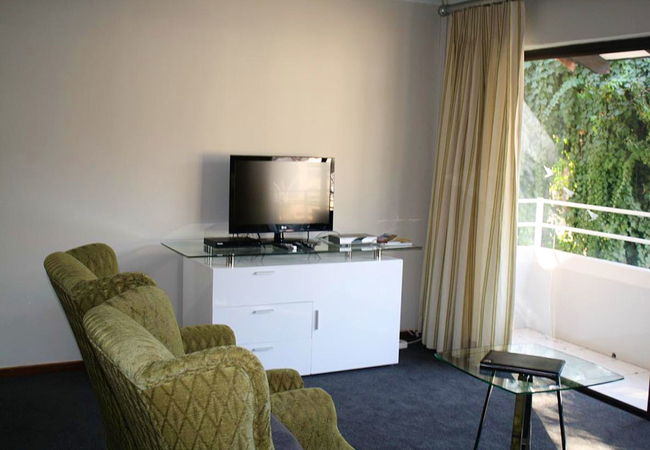 Room 9 - Self-Catering Unit