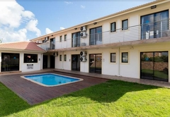 Grand House Lodge Jeffreys Bay