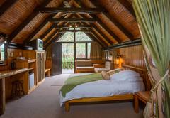 Gardenette Cabin