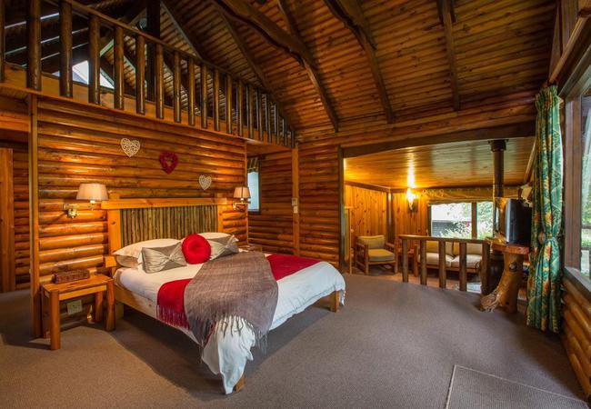 Honeymoon Cabin