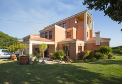 The Tuscany Guesthouse
