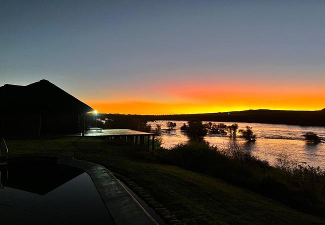 Tzamenkomst River Lodge