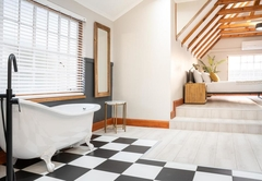 Premium King Room (Bath and shower)