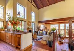 Kitchen /Lounge