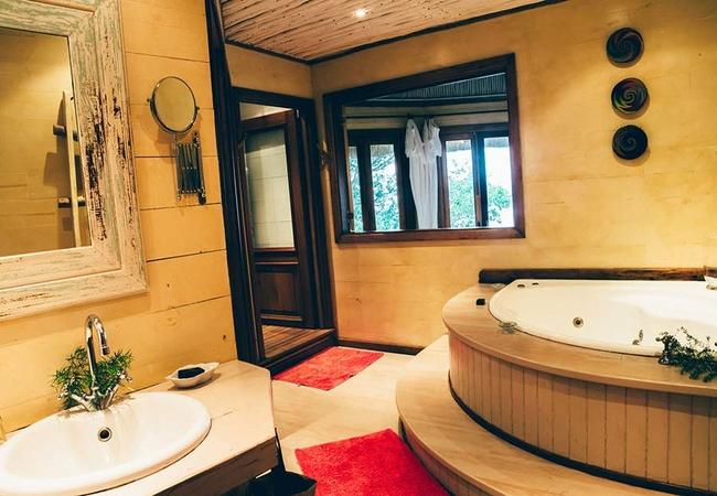Ntabeni Luxury Suites