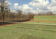 Simple tennis court