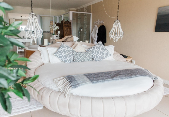 Milkwood Suite