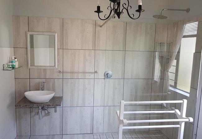 Lavender Room - bathroom