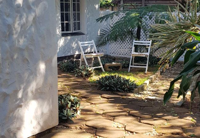 Garden Room - garden area