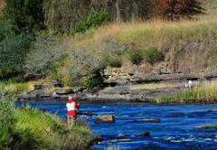 2.5km River Fontage