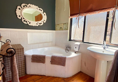 Pied B bathroom