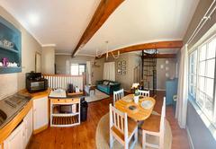 Pied B livingroom/kitchen