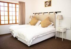 Larkrise room