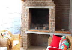 Villa-Mari Self Catering