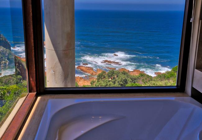Bathtub with sea views