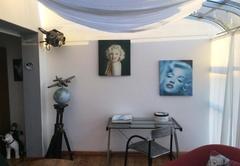 Hollywood Room
