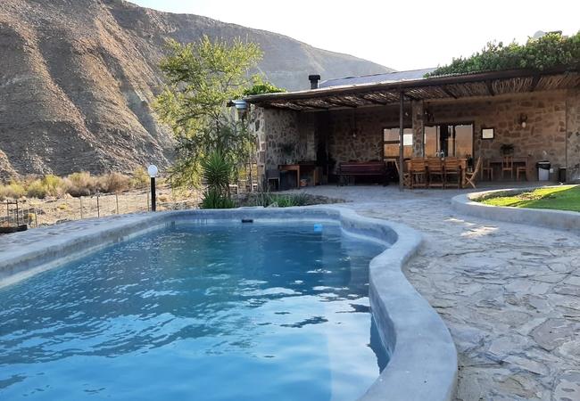 Lodge rooms swimming pool