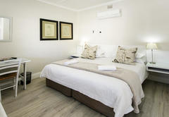 Deluxe King Bed Room