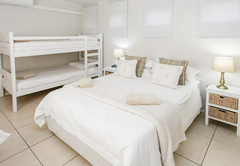 Self-Catering Double   Single   Bunker
