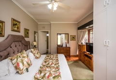Warrens Guest House