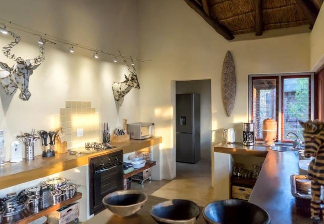 Warthog Lodge Kitchen