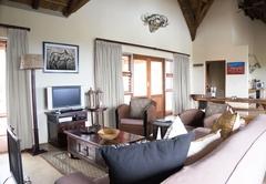Warthog Lodge Lounge
