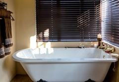 Right Chalet Bathroom