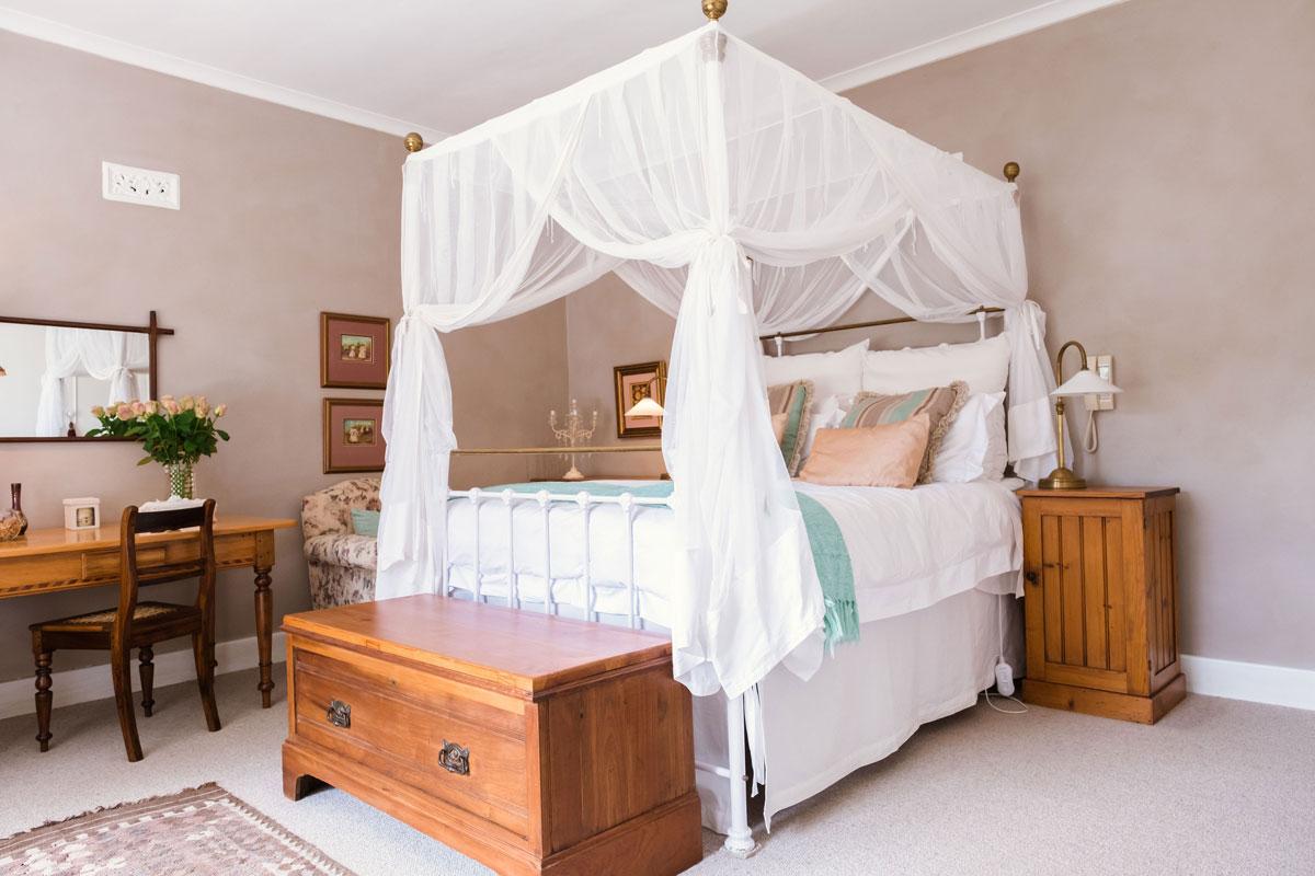 Lantern Heath Room