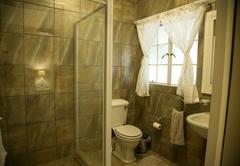Barn Suite Bathroom