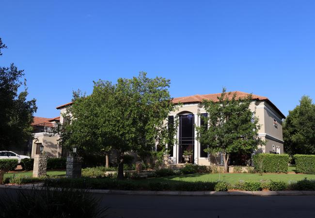 Westlake Villa