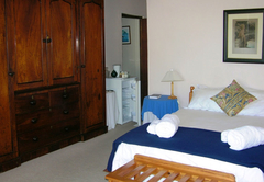 Double en-suite room - Yellowtail