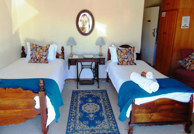 Ground floor en-suite room - Steenbras