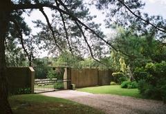 Security entrance gate