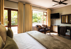 Room 1 (Garden Room)