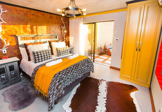 Afro-Chic Suite