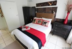 UNIT 5 One-Bedroom Apartment