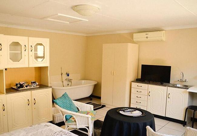 Luxury Double Room with Bath