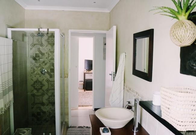 Garden Suite - Bathroom
