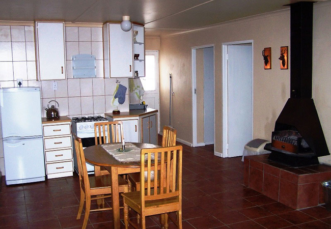 Two-bedroom 5-sleeper apartment