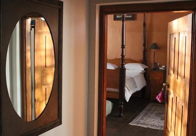 Queen Rooms