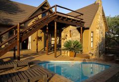 Yellow Hornbill Lodge