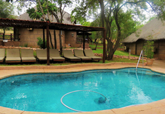 Bush Lodge Pool